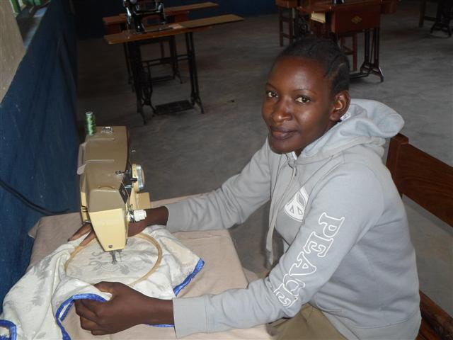 Sikonge_sewing.jpg