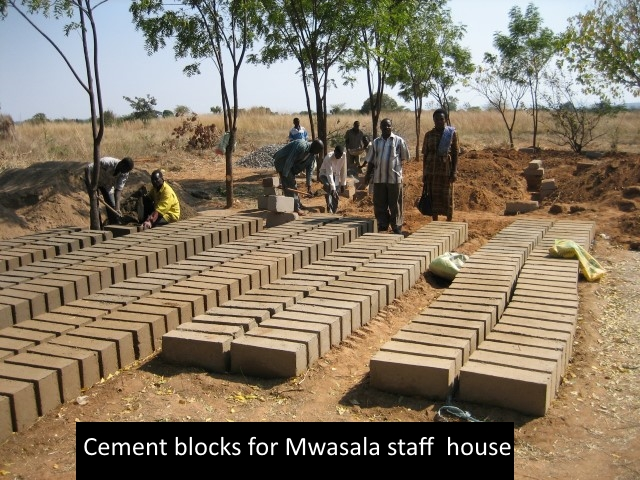cement_blocks_for_Mwasala_clinic_house_Small.jpg