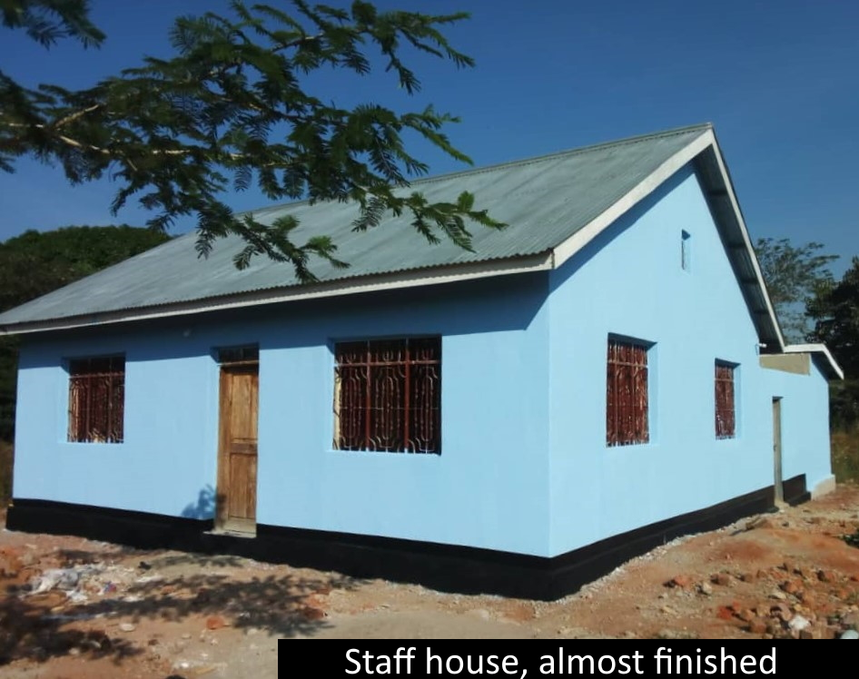 Ibambo_staff_house.jpg